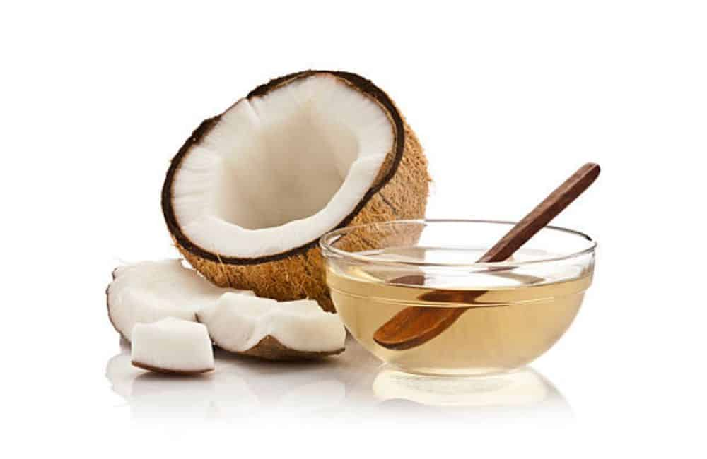 El aceite de coco virgen extra se utiliza para proteger y curar la piel